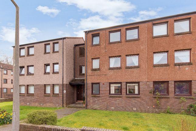 2 bed flat to rent in West Winnelstrae, Fettes, Edinburgh