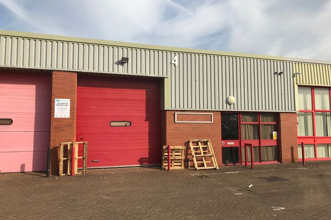 Thumbnail Warehouse to let in Whippendell Road, Watford