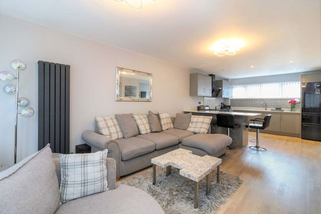 3 bed terraced house for sale in Markhams Chase, Basildon SS15