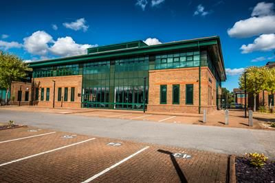 Thumbnail Office to let in Randalls Way, Leatherhead