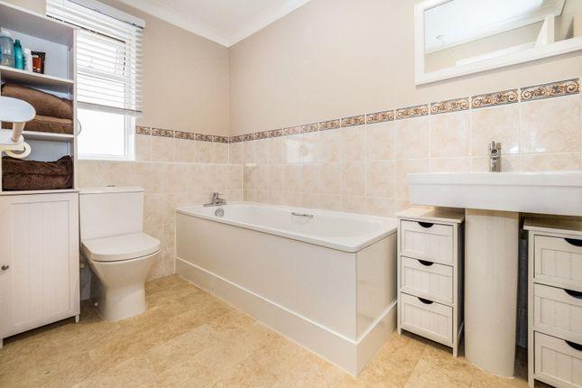 Bathroom of Felipe Road, Chafford Hundred, Grays RM16