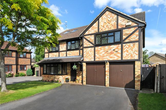 Thumbnail Detached house for sale in Fennel Close, Farnborough, Hampshire