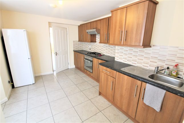 Thumbnail Terraced house to rent in Lordship Lane, London