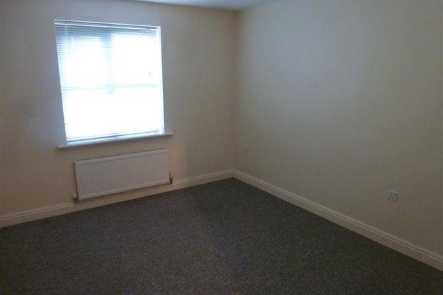Bedroom of Coral Close, City Point, Derby DE24