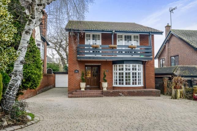 Thumbnail Detached house for sale in Westcliff-On-Sea, Essex