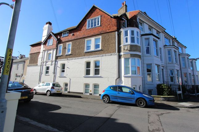 Thumbnail Flat for sale in Liverpool Road, Walmer