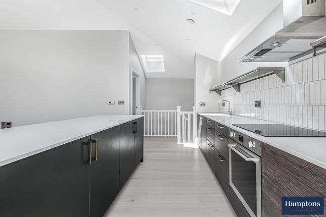 Thumbnail Mews house to rent in London Road, Hounslow