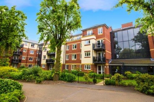 Thumbnail Flat for sale in Maxwell Lodge, Northampton Road, Market Harborough, Leicestershire