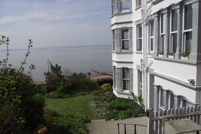 Thumbnail Flat to rent in San Remo Parade, Westcliff On Sea