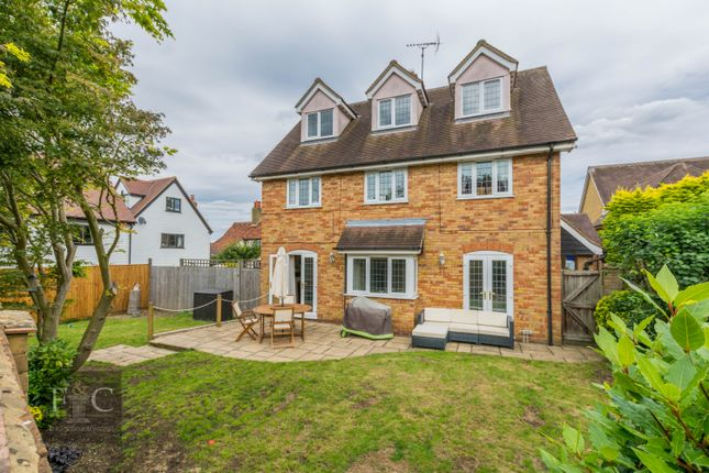 Thumbnail Property for sale in Bakery Close, Roydon, Harlow