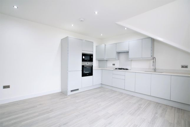 Thumbnail Property to rent in Friends Road, Croydon, London