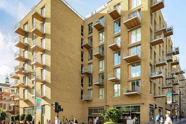 Thumbnail Flat for sale in Tower Bridge Road, London, London
