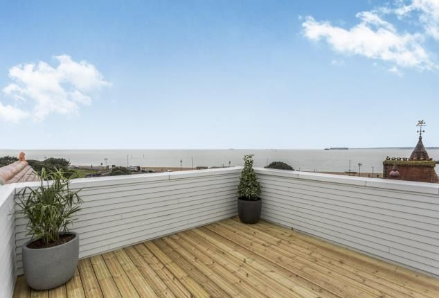Thumbnail Flat for sale in St. Helens Parade, Southsea, United Kingdom