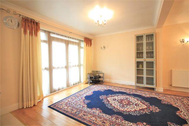 Sitting Room of Fern Lane, Heston TW5