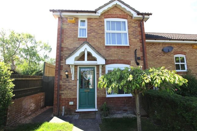 2 bed terraced house to rent in Bryant Place, Purley On Thames, Reading RG8