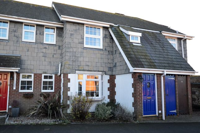 Thumbnail Flat to rent in Fitzalan Mews, Fitzalan Road, Arundel, West Sussex