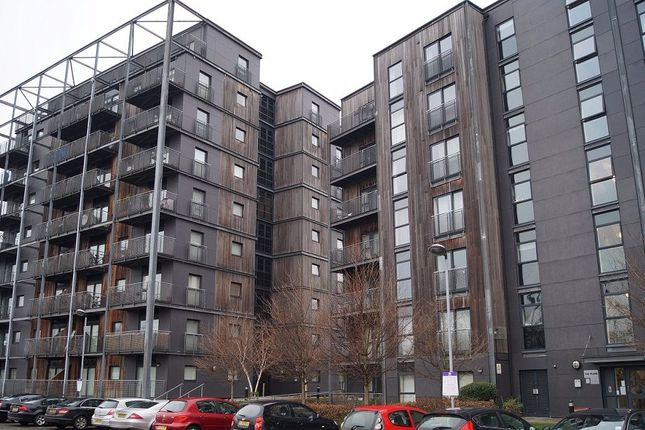 Thumbnail Flat to rent in The Waterfront, Openshaw, Manchester