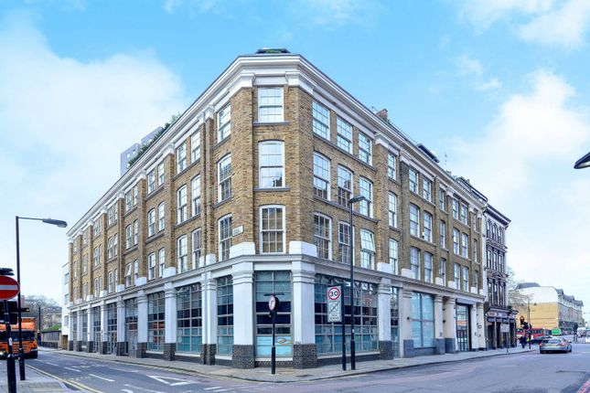 Thumbnail Property to rent in Lever Street, Old Street