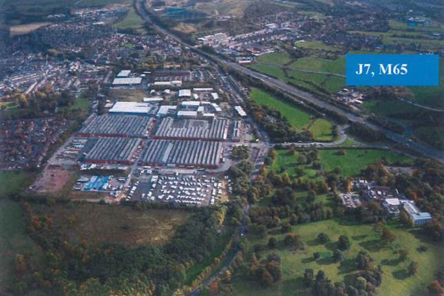 Thumbnail Warehouse to let in Blackburn Road, Clayton Le Moors, Accrington