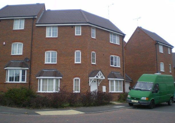 Thumbnail Town house to rent in Lowfield Road, Binley, Coventry
