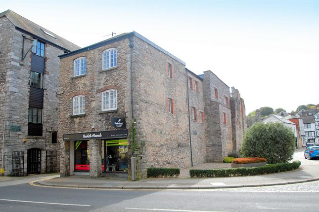Thumbnail Flat for sale in Barbican Court, Plymouth