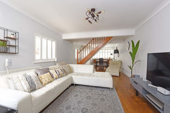Thumbnail Detached house for sale in Wellfield Road, London