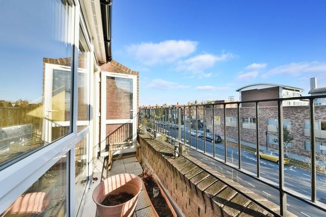 Property for sale in Boscombe Gardens, London