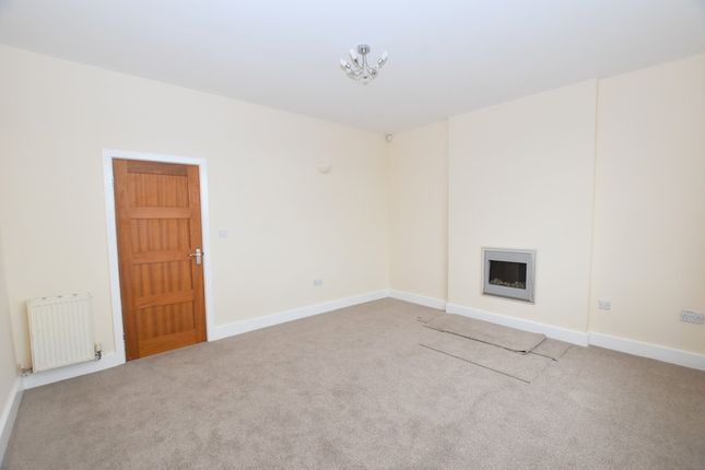 2 bed flat to rent in Vale View, Porthill, Newcastle-Under-Lyme ST5