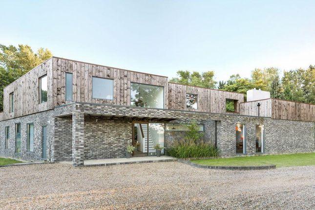 Thumbnail Detached house for sale in Cherry Tree Lane, Hemel Hempstead