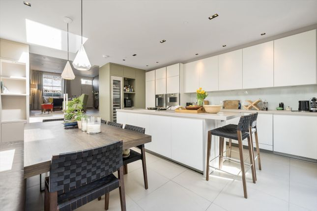 Thumbnail Terraced house to rent in Artesian Road, Notting Hill, London