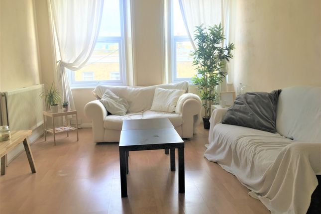 2 bed flat to rent in Camberwell Church Street, London