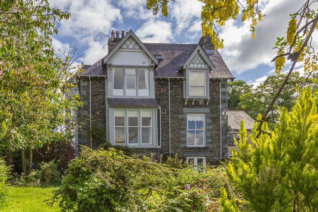 Thumbnail Flat to rent in 2 Denewood, Queens Drive, Windermere