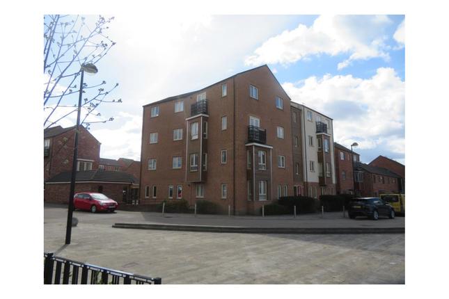 2 bed flat for sale in Warren House Road, Allerton Bywater, Castleford, Leeds WF10