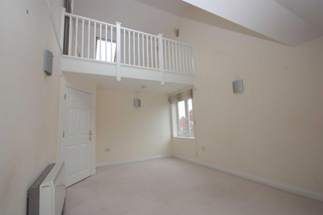 Thumbnail Flat to rent in Corscombe Close, Weymouth