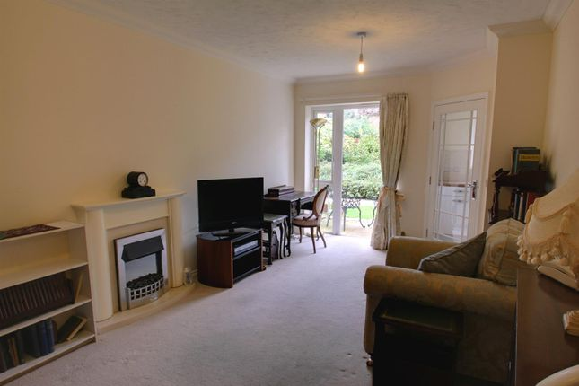1 bed flat for sale in High Street, Berkhamsted HP4