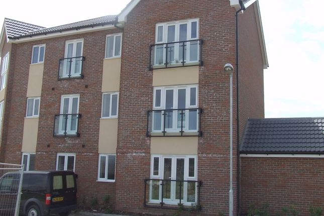 Thumbnail Flat to rent in Poplar House, Minster On Sea, Sheerness, Kent