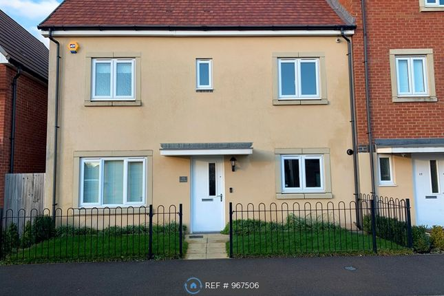 Thumbnail Semi-detached house to rent in Trinity Way, Basingstoke