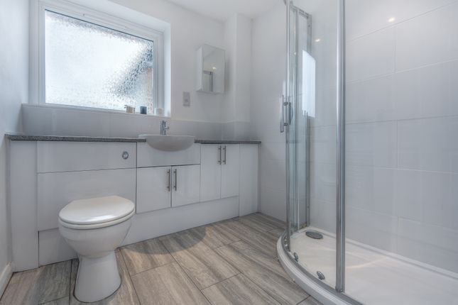 Bathroom of Wentworth Close, Barnham, West Sussex PO22