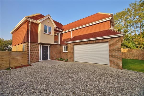 Thumbnail Detached house for sale in Faversham Road, Boughton Aluph, Ashford