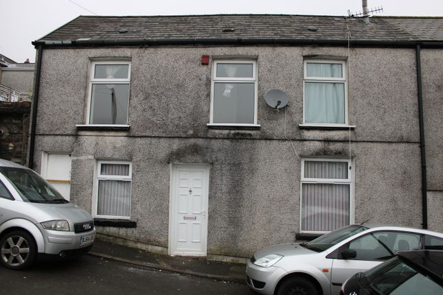 3 bed end terrace house to rent in High Street, Ferndale CF43