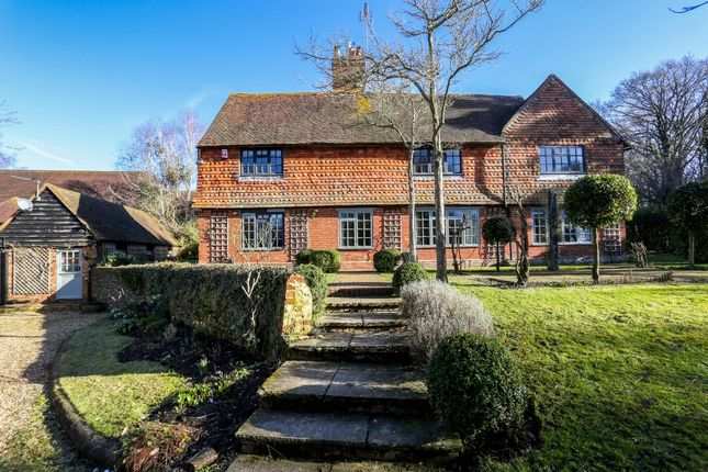 Thumbnail Flat to rent in Horsham Road, Alfold, Cranleigh