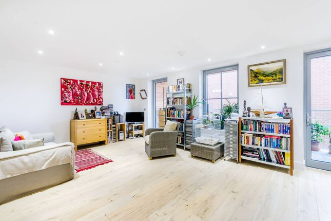 Flat in  Fulham Palace Road  Hammersmith  London Fulham