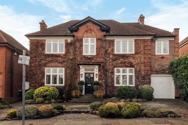 Thumbnail Detached house for sale in Golders Close, Edgware