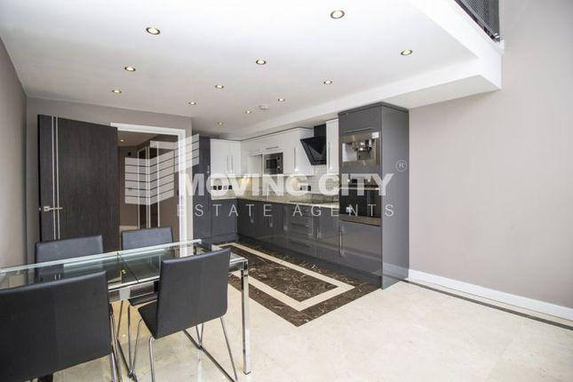 Thumbnail Flat to rent in Hopton Road, Royal Arsenal