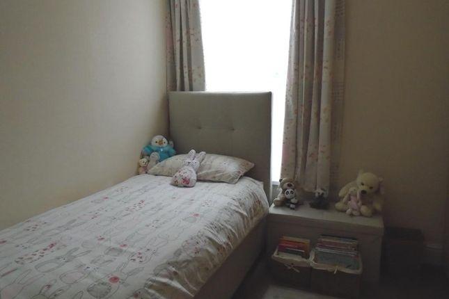 Bedroom 2 of De La Pole Avenue, Hull HU3