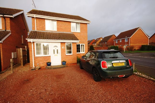Thumbnail Detached house for sale in Court Way, Bidford On Avon