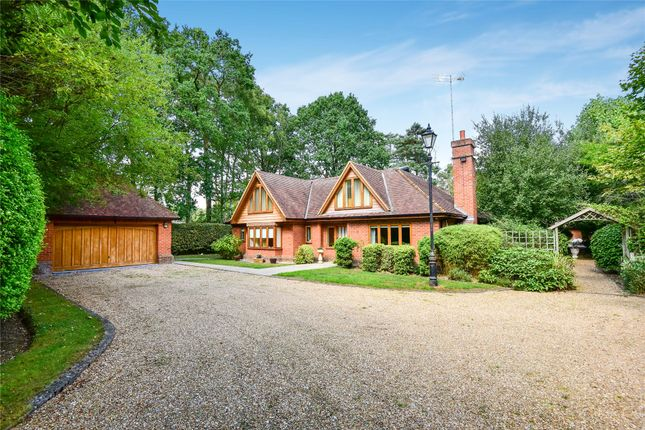 Thumbnail Detached house for sale in Heath Ride, Finchampstead, Berkshire