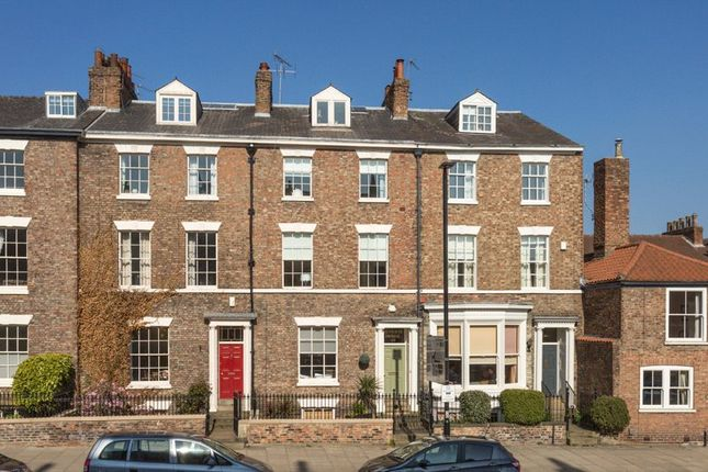 Thumbnail Terraced house for sale in Monkgate, York