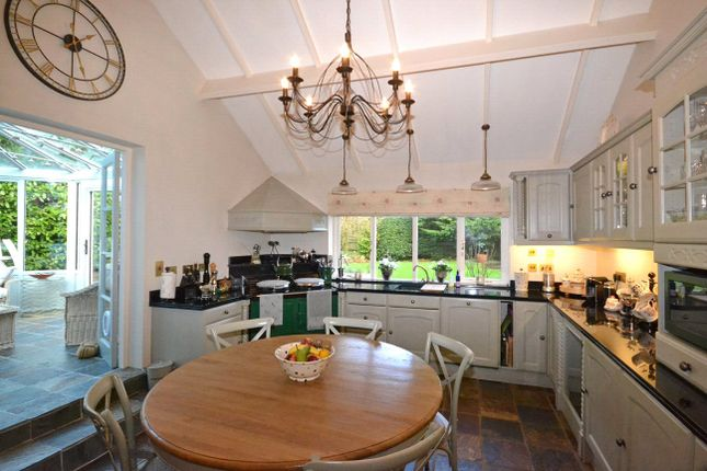 Kitchen of Clyst St. George, Exeter EX3