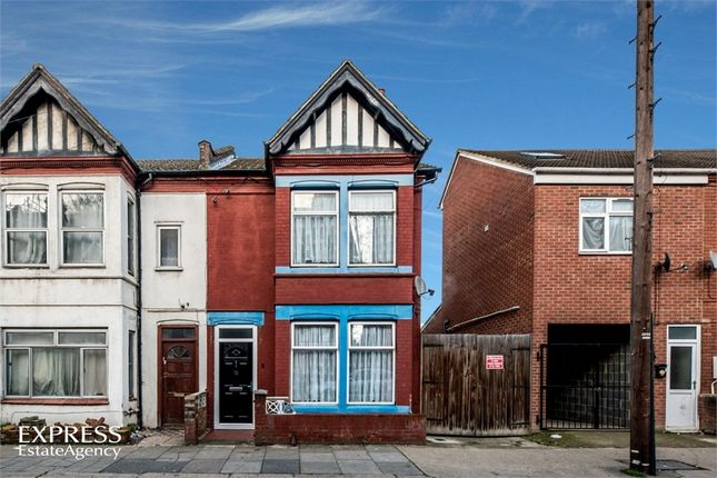 Thumbnail End terrace house for sale in Ashburnham Road, Luton, Bedfordshire